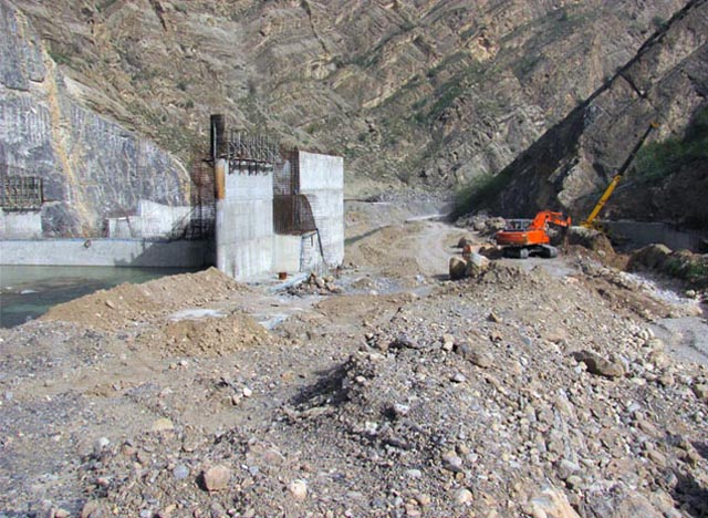 ABIVARD water transfer tunnel and diversion dam (ZANGELANLU)